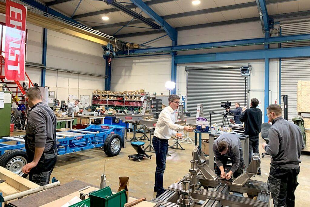 Training - Service & Beratung - ERNST Prüfmaschinen